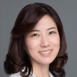 Lisa Xia (General Manager, Head of Shanghai; Managing Director, Head of Global Trade & Banking Greater China of Bank of Montreal)